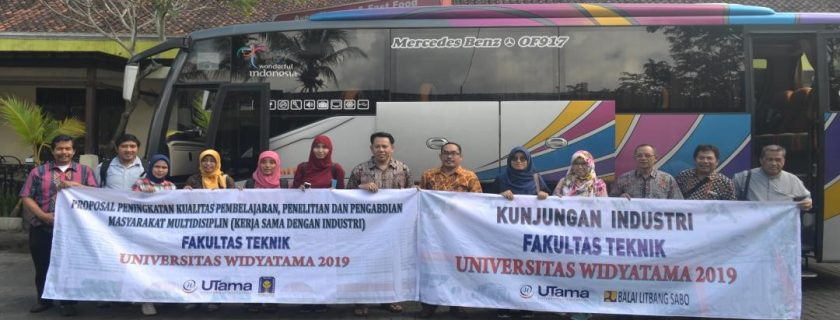 Kunjungan Industri Fakultas Teknik Universitas Ke Pabrik Kulit Jogjakarta