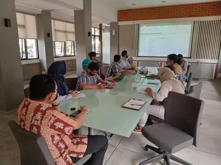 Peserta Rapat Koordinasi Fakultas Teknik dan PIC Borang Kriteria 9 Program Studi Teknik Sipil